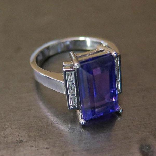2015-10-28_Rectangle_tanzenite_diamond_ring