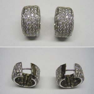 Huggie earrings (Perfect diamond hoop earrings)