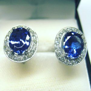 Tazanite earrings (roundsparkly diamond earrings)